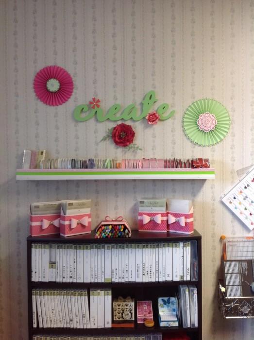 ribbon shelf decorations